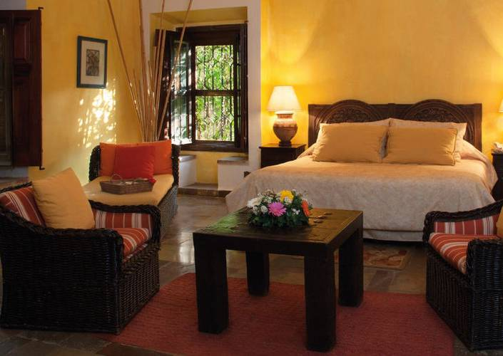 Take advantage of this special promotion! Racquet Cuernavaca Hotel Cuernavaca